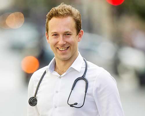 Jakub Skowroński Chirurg