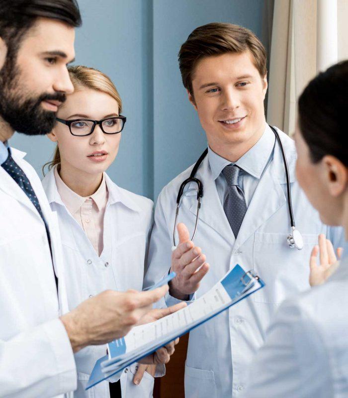 Lekarze specjaliści, Internista, Pediatra, Chirurg i lekarz rodzinny